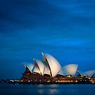 Sydney Opera House by JeniNagy