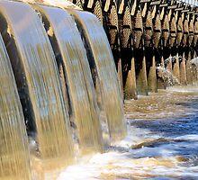 Pressure - Horsham Weir by Vicki73