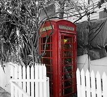 Red Telephone Box by willJohnson