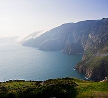 As Clouds Roll In. Slieve League, Ireland, by amyjgrigg