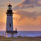 Yaquina Head Lighthouse by LucyAbrao