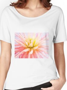 A summer Dahlia flower on wood texture Women's Relaxed Fit T-Shirt