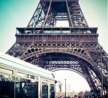 it's a Paris life by faithie