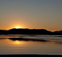 Byron Bay sunset by EblePhilippe