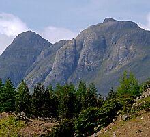 Langdale Pikes by WatscapePhoto