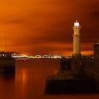 Newhaven Lighthouse by Don Alexander Lumsden (Echo7)