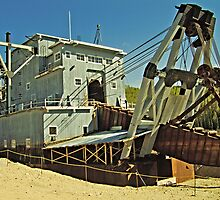 Dredge #4 by Yukondick