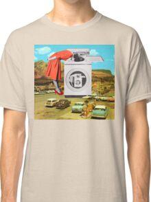 Watching machine Classic T-Shirt