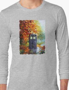 Autumn British Blue phone box painting Long Sleeve T-Shirt