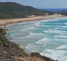 Frenchmans Bay, North Stradbroke Island, Queensland by Margaret  Hyde