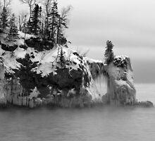 Icy Fog On The Arch by GaryColvard