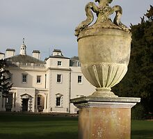 Coombe Urns by Andy Mays
