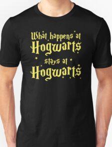 What happens at horwarts stays at hogwart T-Shirt