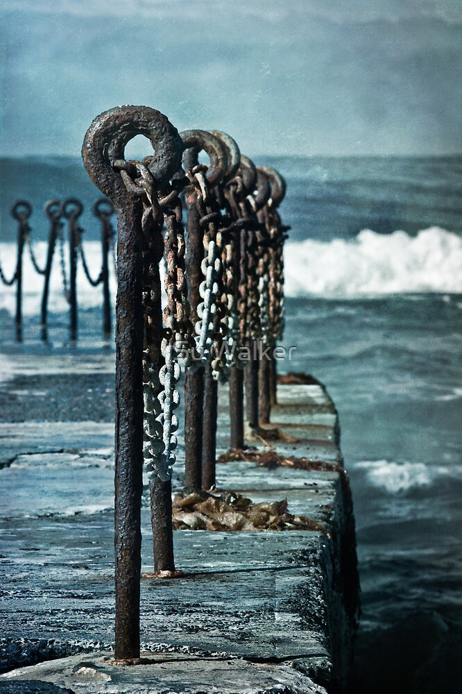 Chained by Su Walker