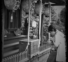 Autumn in Japan:  Praying in Silence by Jen Waltmon