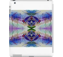 Sound Wave Machine Or 2 Birds or Spaceship light painting iPad Case/Skin