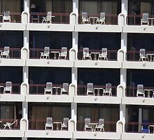 Balcony Plastic Chairs by jonvin