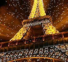 Eifel Tower at Christmas by Mark Tomlinson