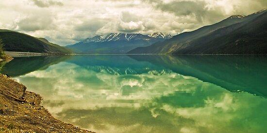 Muncho Lake by Yukondick