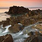 Myponga Rocks!! by joel Durbridge