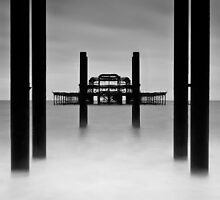 West Pier by Leon Ritchie