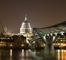 St Pauls Cathedral and Millemium Bridge - London by oindypoind