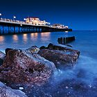 Worthing Pier by Leon Ritchie
