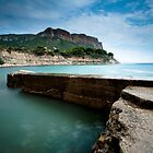The last barrier - Cassis, France by hermez