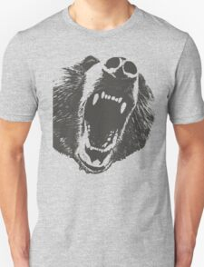Angry Bear T-shirt T-Shirt