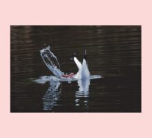 Diving Gull. Baby Tee