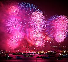 New Years Eve Fireworks in Sydney Harbour #1 by Distan