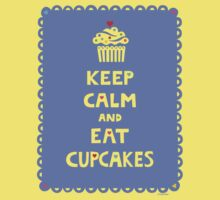 Keep Calm and Eat Cupcakes - frilly Kids Tee