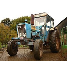 British Blue Tractor by JHMimaging