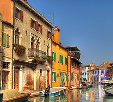 Colourful Burano, Italy. by cloud7
