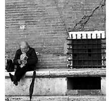 Reading in Siena-Siena, Italy Photographic Print