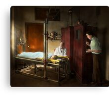 Doctor - X-Ray - In the doctors care 1920 Canvas Print
