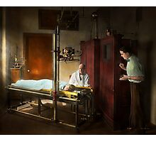 Doctor - X-Ray - In the doctors care 1920 Photographic Print