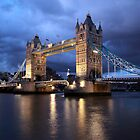 Tower Bridge by remos