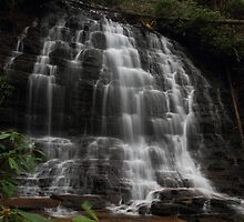 Spoonauger Falls by DHParsons