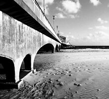 Bournmouth Pier by Llawphotography