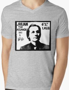 Julian Assange has a Wiki Mens V-Neck T-Shirt