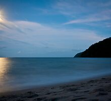 Etty Bay at Night, Nth Qld by Giovanna Devlin