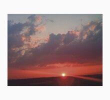 Larravide Sunset 4 Kids Tee
