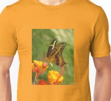 Giant Swallowtail Butterfly on Red Bird of Paradise Bloom Unisex T-Shirt