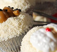 Christmas Cup Cakes by Anthony Tyrer