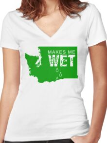 Washington Makes Me Wet Women's Fitted V-Neck T-Shirt