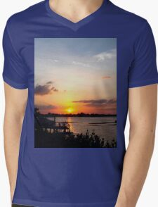Dock on the bay Mens V-Neck T-Shirt