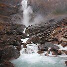 Takakkaw Falls II by zumi