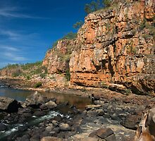 Katherine Gorges 8 - the 4th gorge by Ian Fegent