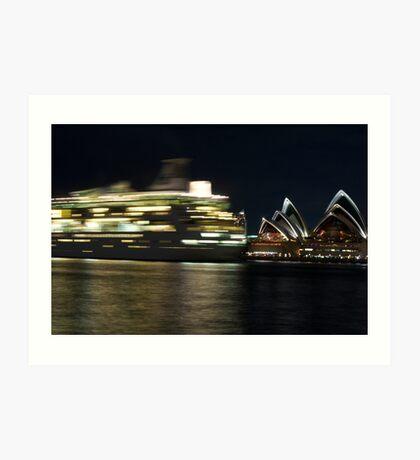 Sydney Opera House Performs Art Print
